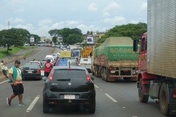 Chaotic traffic - a feature of the main roads around the border crossings