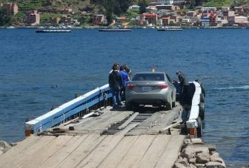 A barge crossing on Lake Titicaca - all marine safety rules adhered to eh Bob!