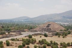 Pyramid del la Luna